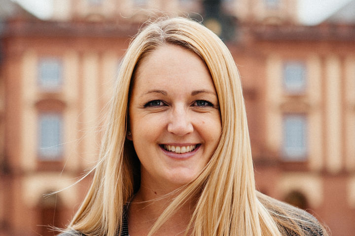 Prof. Dr. Laura Marie Edinger-Schons
